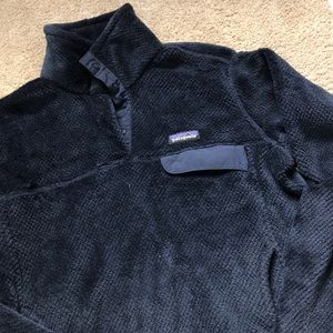 Patagonia comfy pull over sweater